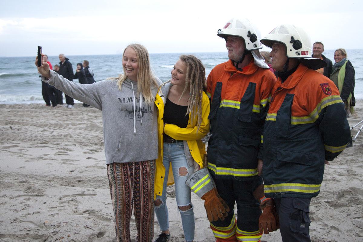 Våd Sankt Hans aften på Sønderstrand | SkagensAvis.dk - lokale nyheder fra Skagen