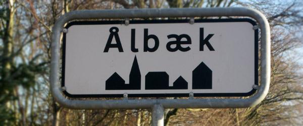 Landsbyplanen for Aalbæk overrækkes til borgerne