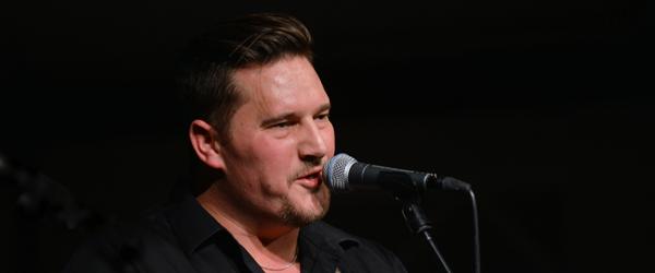 En sang og en turné til fordel for de hjemløse
