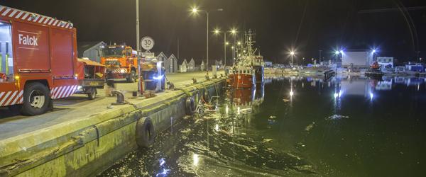 Fiskekutter sunket i havnen