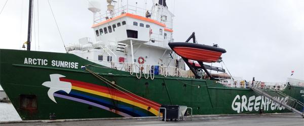 Greenpeace-skibet Arctic Sunrise inviterer ombord