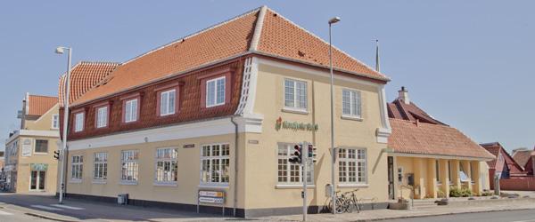 Nordjyske Bank opjusterer basisindtjeningen