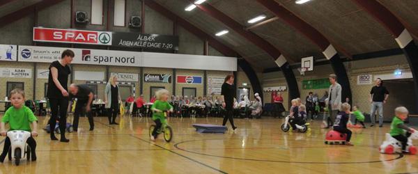 Forårsopvisning i Gymnastikafdelingen i Ålbæk