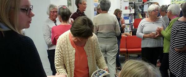 Bogcafe en succes på Ålbæk Bibliotek