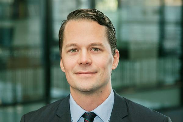 Gammel Skagen-dreng ny advokat i Aalborg