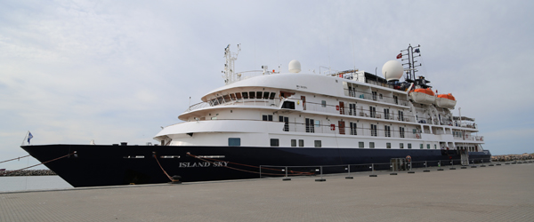 Krydstogtskib på kort visit