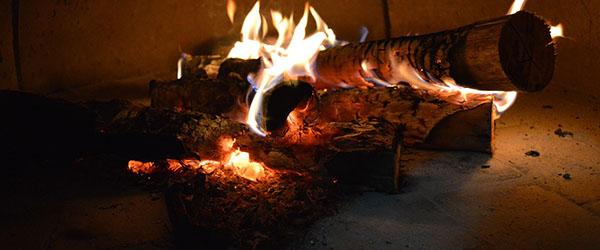 Gamle brændeovne hoster på sidste vers