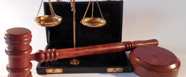 Hvad har kærlighed med jura at gøre? Bør vi gifte os?