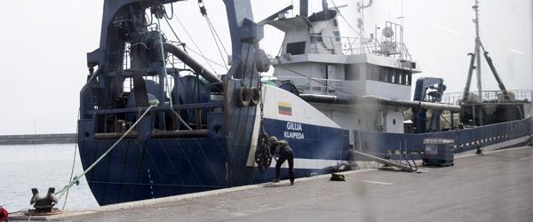 Bomberyddere på plads på havnen OPD.