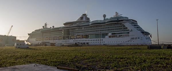Krydstogtskib anløbet med 16203 passagerer