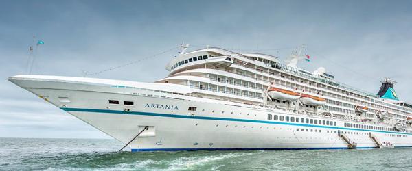 Artania ankommer til Krydstogtkajen søndag