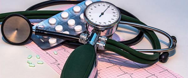Fortsæt med at tage blodtrykssænkende medicin