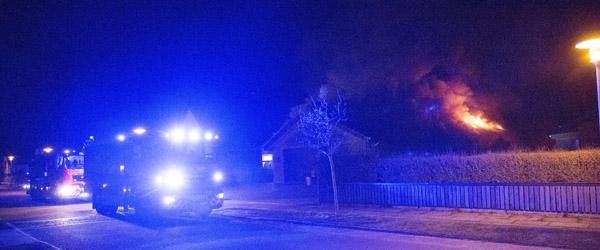 Voldsom brand i villa på Peter Andersens Vej