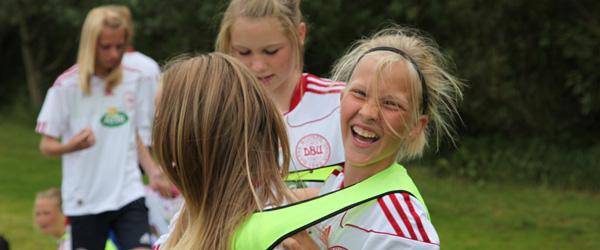 REMA 1000 er ny hovedpartner på DBU Fodboldskole