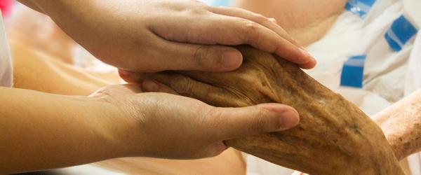 Genindførsel af besøgsrestriktioner på alle plejehjem og sociale botilbud