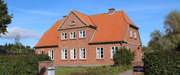 Bevaringsværdig bygning på Gårdbovej foran nedrivning