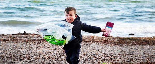 1228 børn skal samle affald i Frederikshavn Kommune