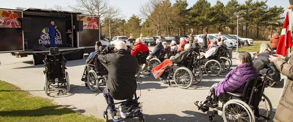 Richard Ragnvald besøgte Plejecenteret
