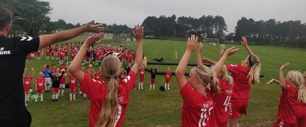 En fantastisk fodboldskole er slut